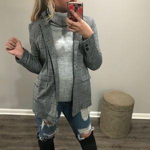 🆕 CLUELESS Grey & Black Coat